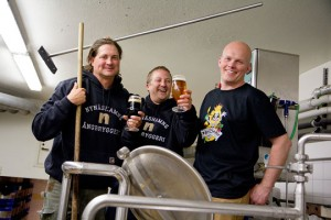 Nynäshamns' Head Brewer Ericsson Lasse (right), with Ska's Arlo Grammatica (left) and Head Brewer Thomas Larsen